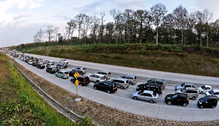Foto Berita Triwulan II 2018, Pajak Kendaraan di Sulsel Terealisasi Rp534,5 M