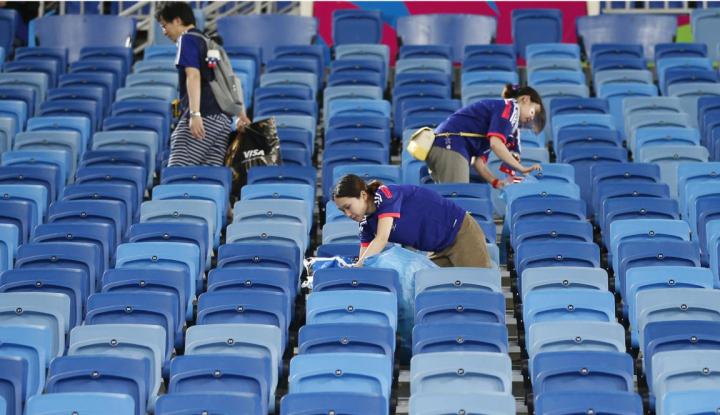 Foto Berita Piala Dunia 2018: Salut untuk Supporter Jepang