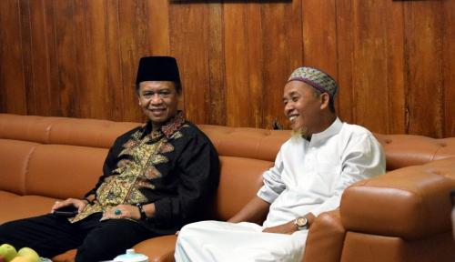 Foto Cawagub PDIP Jabar Harap Pesantren Miliki Jiwa Entrepreneur