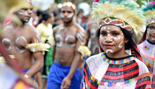 Festival Cap Gomeh: Satu Keluarga Jadi Tatung dan Dirasuki Roh Leluhur!