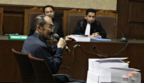 Foto Terbukti Lindungi Novanto, Fredrich Divonis 7 Tahun Penjara