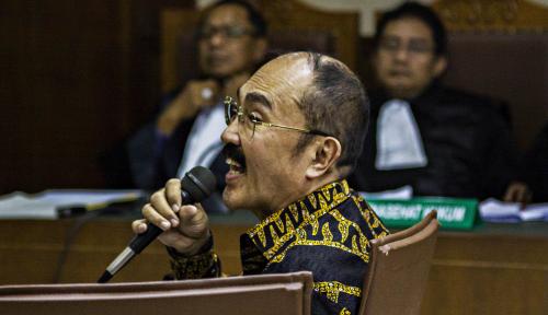 Foto Divonis 7 Tahun, Fredrich Yunadi 'Incar' Laporkan Hakim dan Jaksa