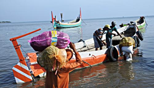Foto Kapal Motor Air Tenggelam di Kalbar