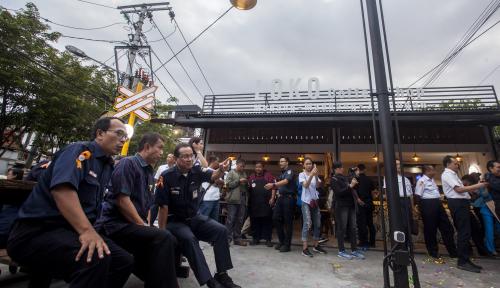 Foto Loko Coffee Shop Hadir di Stasiun Tugu