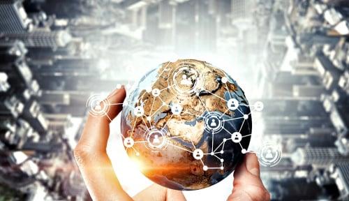 Foto CEO Salesforce: AI Adalah Hak Asasi Manusia yang Baru