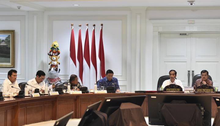 Foto Berita Jokowi Panggil Menterinya Hadapi Musim Kemarau