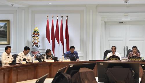 Foto Istana Beri Sinyal Rombak Kabinet, Menteri Ini yang Kena Colek Jokowi