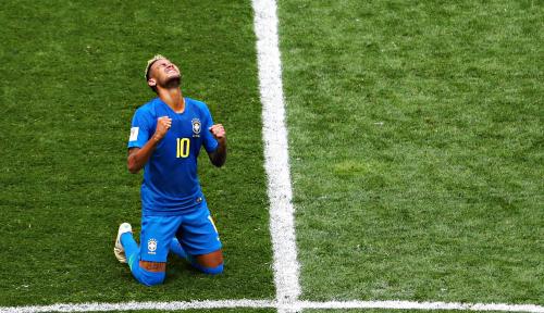 Foto Menebak Makna Tangisan Neymar, Ini Kata Pelatih...