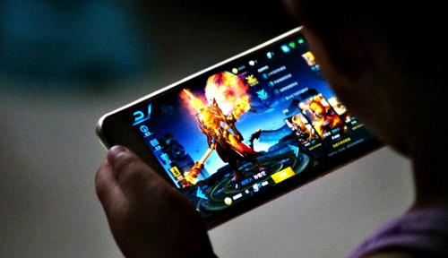 """Foto Game Mobile """"PUBG"""" Masih Diatas """"Fornite"""