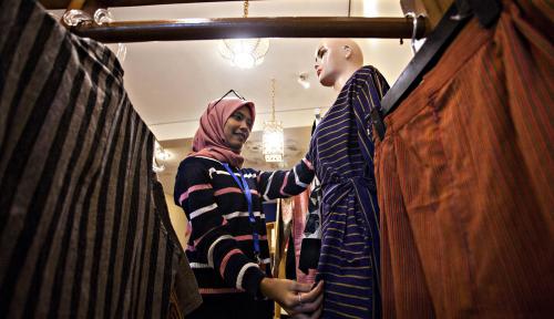 Foto Kembangkan Ekonomi Syariah Digital, GoPay & Lazismu Latih UMKM