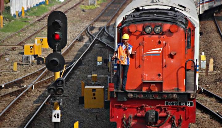 Foto Berita Inka Buatkan 438 Kereta untuk KAI