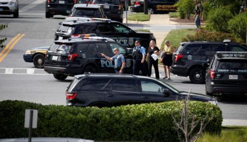 Foto Kantor Surat Kabar di AS Dihujani Peluru, Lima Orang Tewas