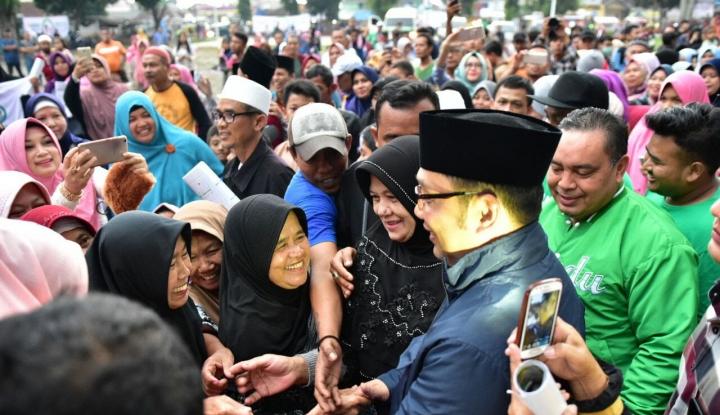 Foto Berita Ridwan Kamil: Hentikan Polemik Guru di Bekasi