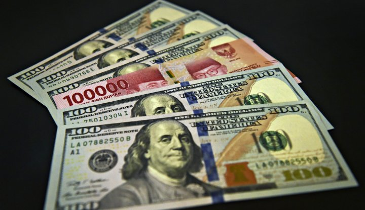 Investor Main Aman, Rupiah Jatuh di Hadapan Dolar AS - Warta Ekonomi