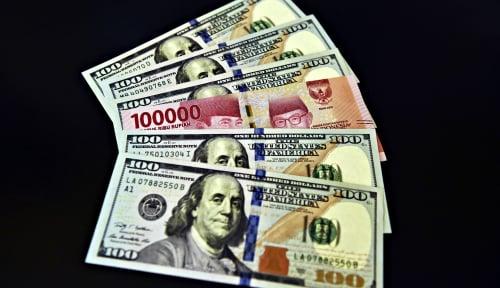 Foto Dolar AS Menguat 6,5 Persen Terhadap Rupiah