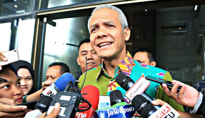 Foto Berita Ganjar Pertanyakan Rencana Pemerintah Naikkan UMP 2019