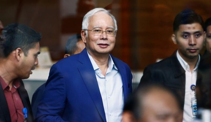 Foto Berita Rekening Pribadinya Dibekukan, Najib Razak Curhat Begini