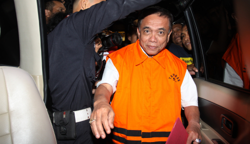 Foto Gubernur Aceh Nonaktif Dituntut 10 Tahun Penjara, Hak Politik Dicabut