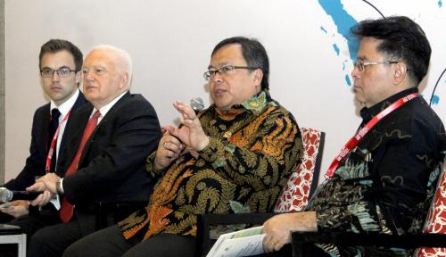 Foto Bambang: Pemerataan Harus Jadi Mainstream Pembangunan