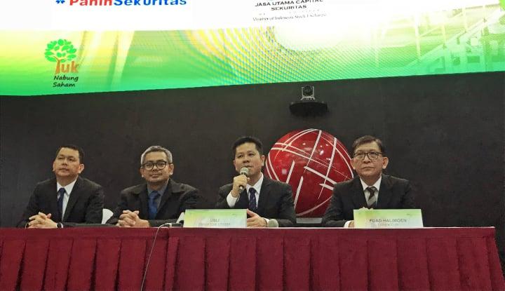 Foto Berita Baru Masuk Bursa, Saham Mahkota Group Melesat 49,56%