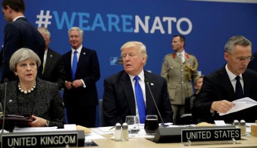 Foto Trump Bakal Pulangkan 14.000 Pasukan AS di Afghanistan