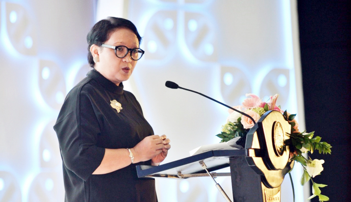Foto Berita Menlu Retno Tak Lupa Promosikan Asian Games di KTT Menlu ASEAN