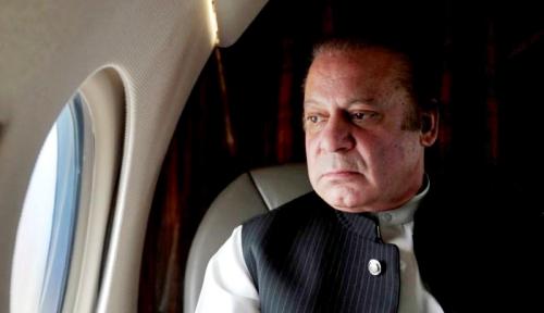 Foto Mantan Perdana Menteri Pakistan Ditangkap untuk Jalani Hukuman Penjara