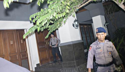 Foto Rumah dan Kantornya Digeledah KPK, Sofyan Basir Jadi Tersangka?