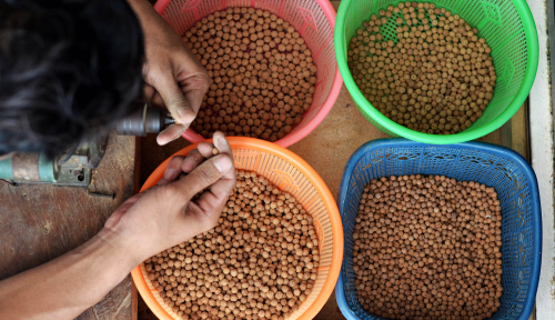 Foto Fitri: Palembang Masih Kurang 2.000 Pengusaha Kecil untuk Diberi Modal