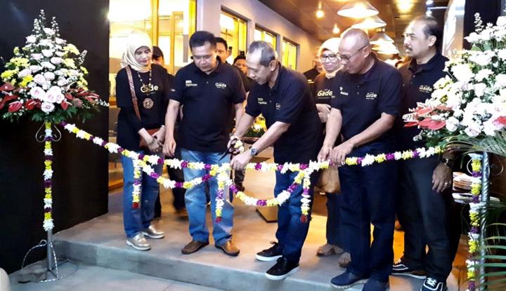 Foto Berita Bidik Pasar Milenial, Pegadaian Luncurkan The Gade Coffee and Gold