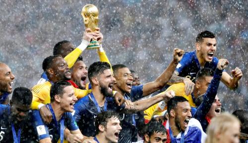 Foto Bawa Prancis Juara Dunia, Deschamp Dapat Hadiah Spesial, Apa?