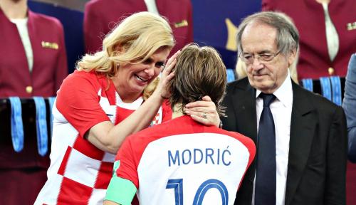Foto Meski Kalah di Final, Modric Jadi Pemain Terbaik