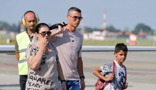 Foto Baru Bergabung, Ronaldo Ikut Tur Pramusim Juventus ke China