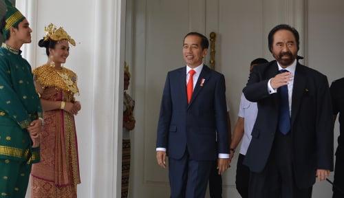 Foto Bos NasDem Ajarkan Jokowi Balas Kritik Prabowo, Caranya Unik Banget