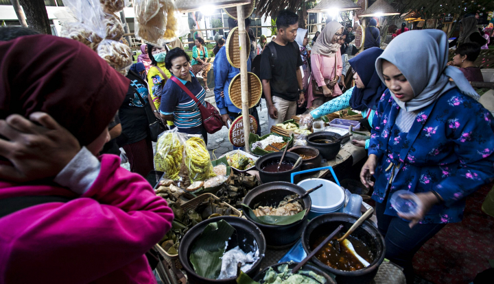 Foto Berita Para Kartini Penopang Ekonomi Kaum Pinggiran