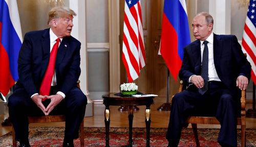 Foto Trump Tepis Tudingan Takut dengan Putin