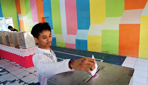 Foto Pengamat: Orang Mapan Tak Pilih Presiden yang 'Cengengesan'