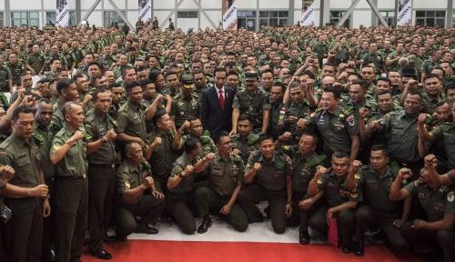 Foto Jokowi Instruksikan TNI-Polri Tetap Netral
