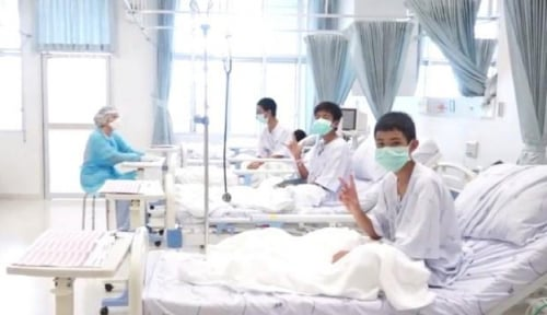 Foto Hari Ini, 12 Bocah Gua Thailand Bakal Jumpa Pers Beberkan Kisahnya