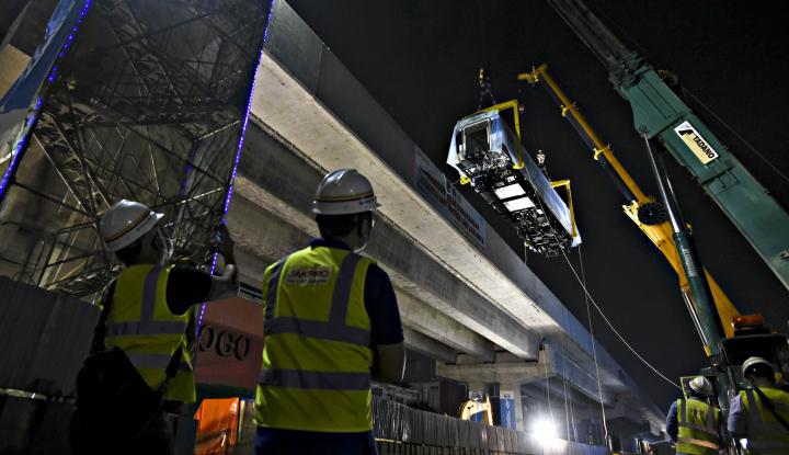 Foto Berita Pembangunan Jalur LRT Dituding Kelewat Mahal, Markup Anggaran atau Bagaimana?