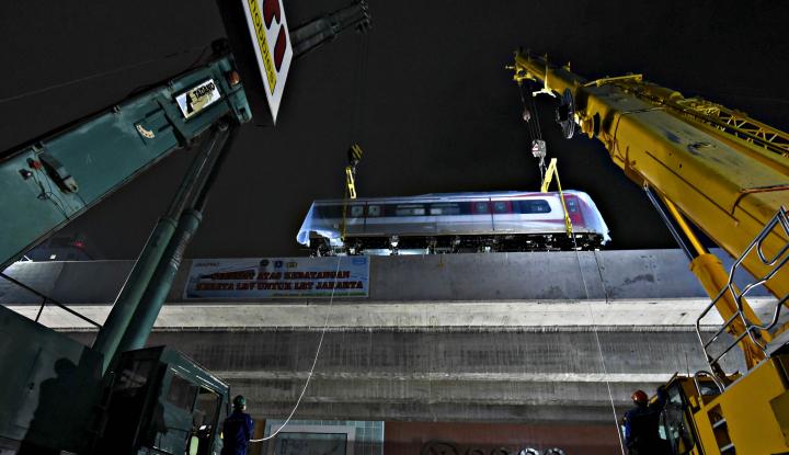 Foto Berita LRT Siap Diuji Coba di Jakarta, Bakal Mogok Lagi?