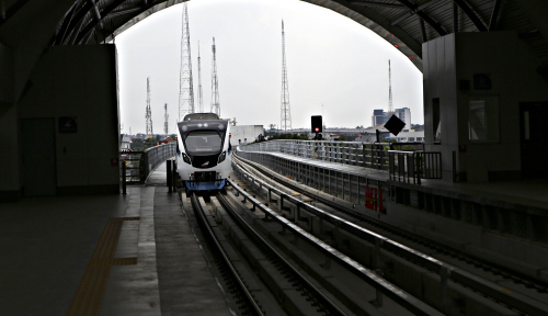 Foto LRT Mogok di Palembang, Begini Alasan Menhub