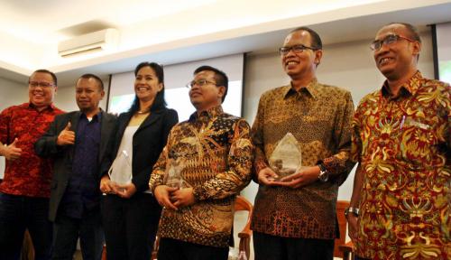 Foto Tingkatkan Awareness Industri Kelapa Sawit, PWI Gelar Warkshop Jurnalistik