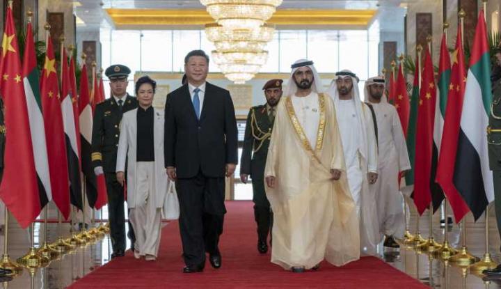 Foto Berita Presiden China Lakukan Lawatan Bersejarah ke UEA