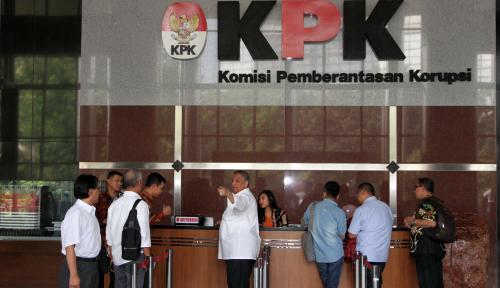 Foto Bosnya Jadi Tersangka Kasus Korupsi, PLN Bakal Bantu KPK?
