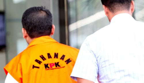 Foto KPK Eksekusi Anang Sugiana ke Sukamiskin