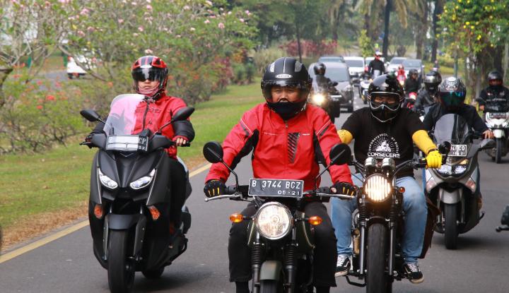 Ribuan Pengendara Motor Se-Jatim Deklarasikan Safety Riding - Warta Ekonomi