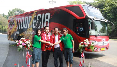 Foto Jelang Asian Games, Timnas Dapat Dua Bus Baru