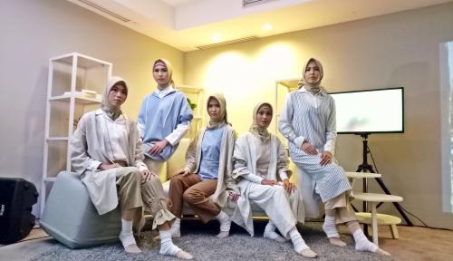 Foto Selamat Hari Hijab Dunia! Muslimah New York Antusias Rayakannya
