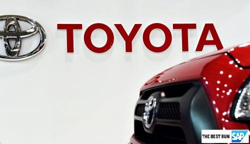 Foto Penjualan Toyota Turun, Tapi Avanza Tetap Primadona